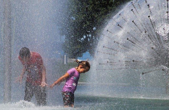 Fountain Welcome Childhood Beaded  - pasja1000 / Pixabay